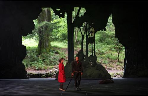 Small Talk. Production Théâtre du Peuple et Opéra-théâtre de Metz.